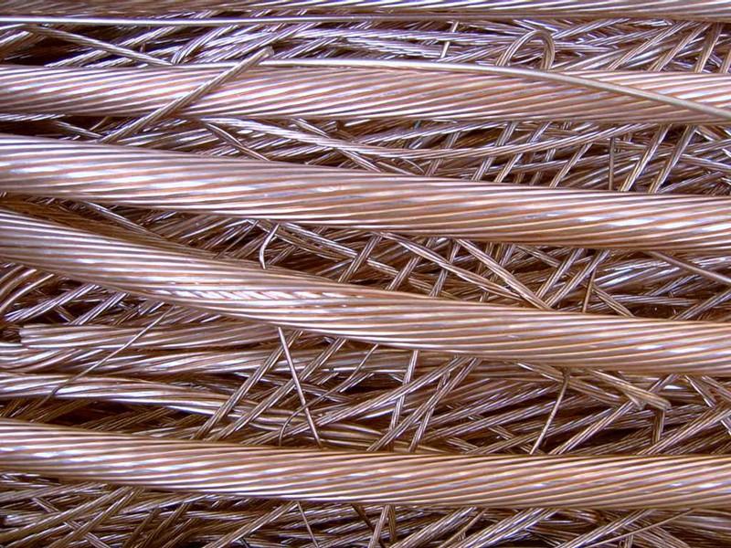 Принимаем различные изделия из медного кабеля и его сплавов на металлолом
